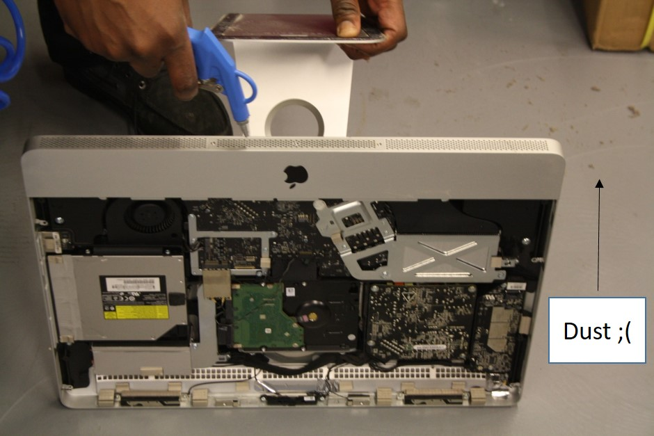 how to clean your macbook air